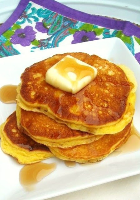 Ree-Drummond-Sour-Cream-Pancakes