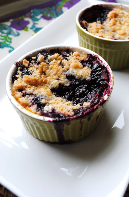 Simple-Black-and-Blue-Cobbler