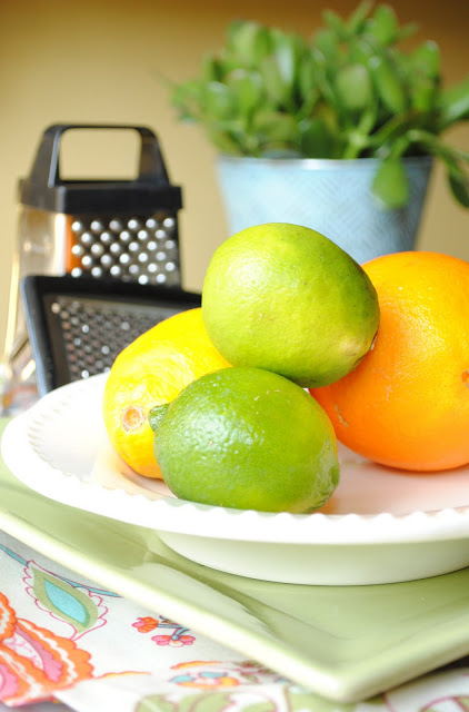 Tips-and-Tricks-Zesting-Fruit