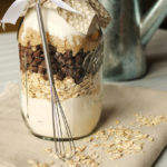 Chocolate and Oatmeal Cookies in a Jar