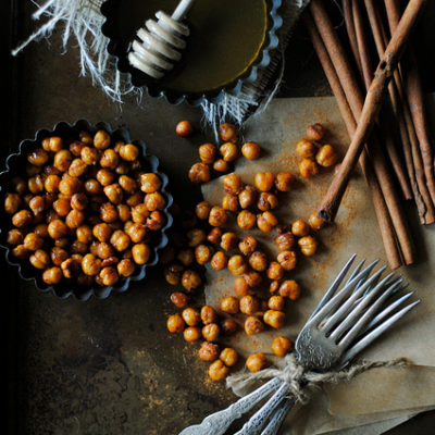 Cinnamon and Honey Roasted Chickpeas