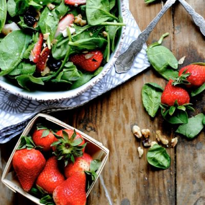 Strawberry & Walnut Salad