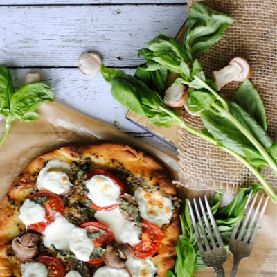 Naan Pesto Pizza