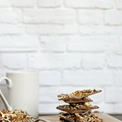 Three Ingredient Chocolate Pecan Bark