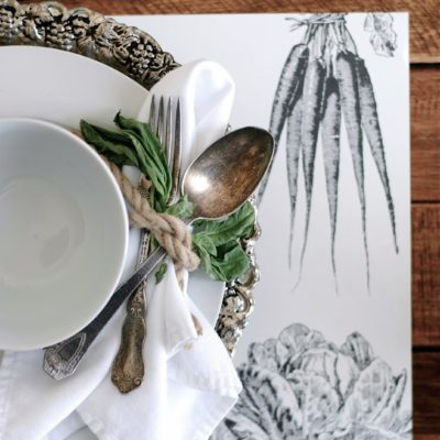Entertaining Tip: Decorative Paper Place Mats