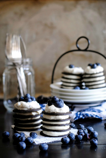Chocolate-and-Peanut-Butter-Mini-Wafer-Cakes-685x1024
