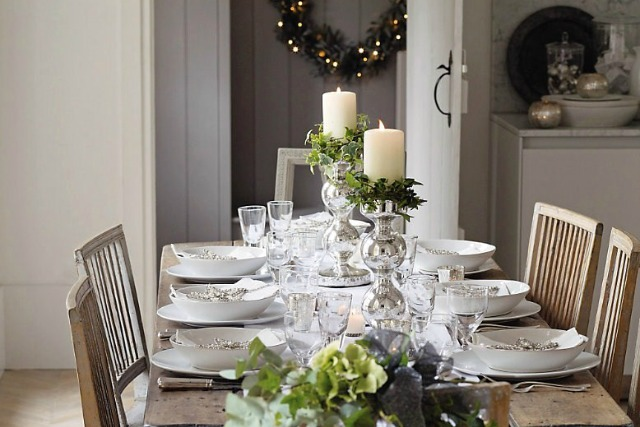 10 Christmas Table Setting Ideas - How To: Simplify