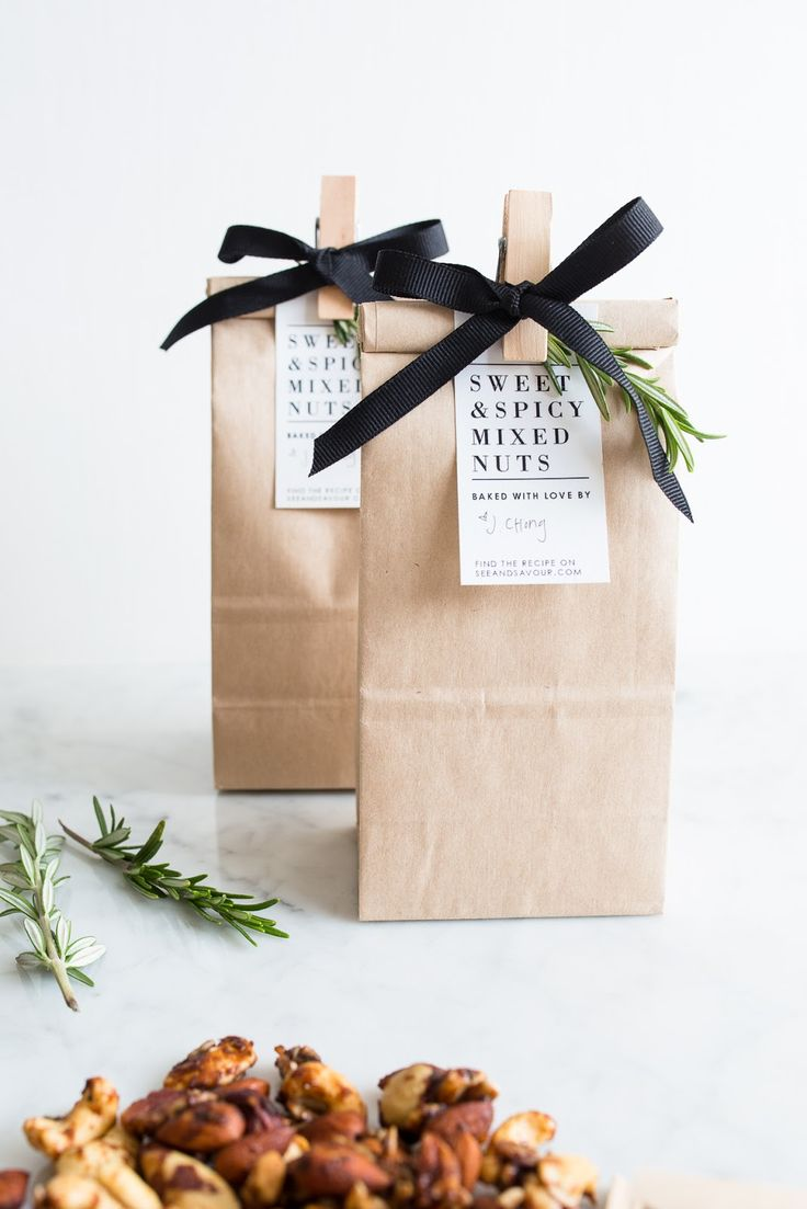 10 Brown Paper Gift Wrapping Ideas - How To: Simplify