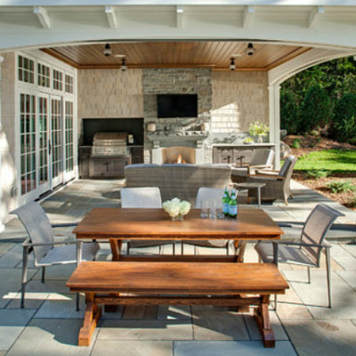 8 Essentials for Outdoor Entertaining
