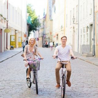 25 Summer Date Ideas You Will Love