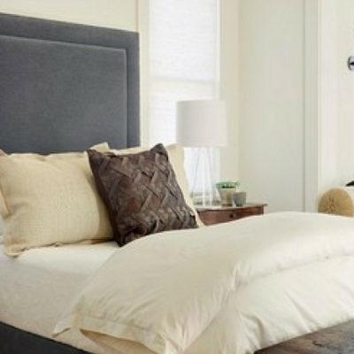 15 Beautiful Farmhouse Bedroom Decor Ideas