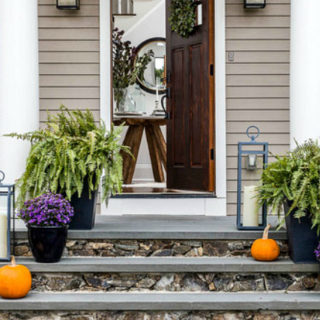 10 Simple Halloween Porch Decor Ideas
