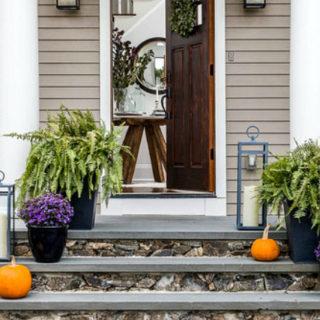 10 Simple Halloween Porch Decor Ideas