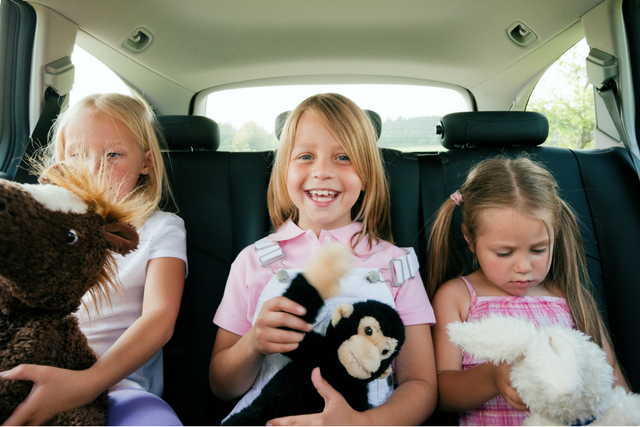 10 Ways to Keep Kids Happy During a Road Trip
