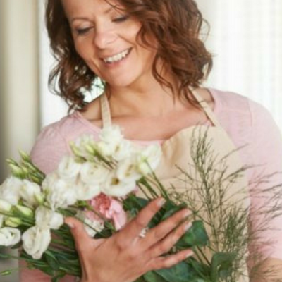 5 Tips for Making Beautiful Flower Arrangements